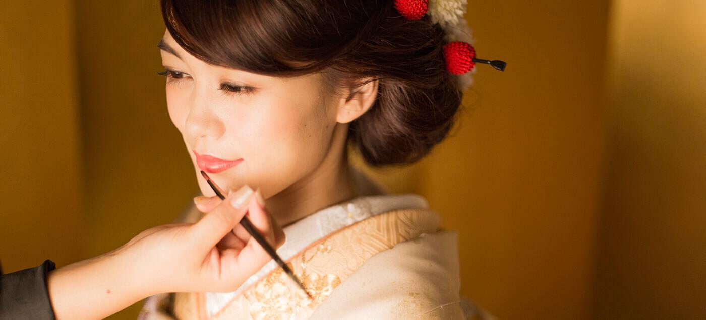 美しい着物、それは花嫁の立ち姿のときにわかりますのイメージ画像