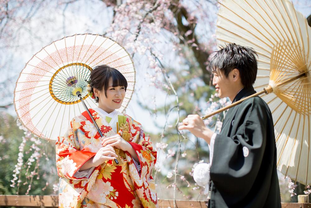 色打掛と白無垢どっちにする シーン別の魅力 京都 タガヤ和婚礼