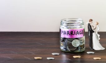 結婚式の資金はどう貯める?節約ポイントも!