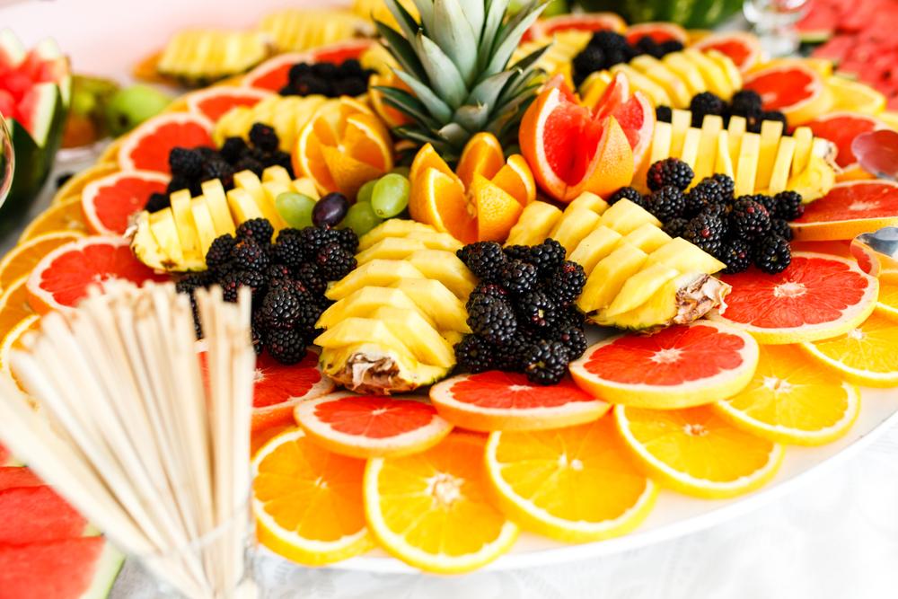 ウェディングケーキ 種類 フルーツ 断面