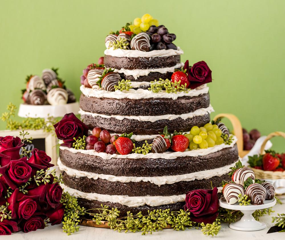 ウェディングケーキ 種類 ネイキッド ケーキ